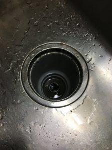堺市西区 台所排水が流れない・・・。