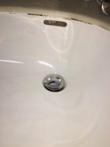 豊中市 南桜塚 洗面排水トラップが割れてる? 水が漏れてきます