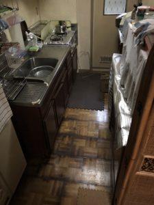 豊中市 給湯管破損 ピンホール 床がビショビショ