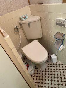 大阪市 旭区 トイレの水漏れ 洗浄管の修理