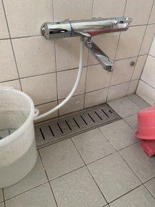 宝塚市 お風呂の蛇口交換 壁付蛇口 サーモスタット