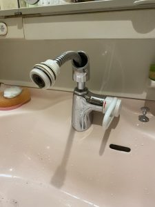 川西市 MYM シャワーホース交換 ナショナル洗面台