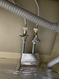 大阪市 旭区 蛇口から水漏れが止まらない 蛇口交換食洗分岐付き