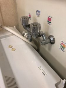 京都市 伏見区 洗濯蛇口交換 混合栓から単水栓に
