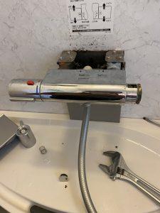豊中市 お風呂の蛇口のレバーが折れた??回らない INAX壁付タイプ