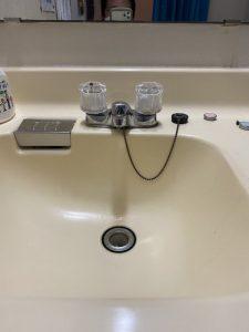 枚方市 洗面蛇口水漏れ ポタポタ 蛇口交換 シングルレバー
