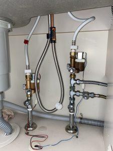 茨木市 台所蛇口故障 水漏れ修理 蛇口交換 ハンドシャワータイプ