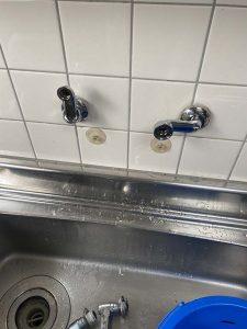 尼崎市 台所蛇口水漏れ 壁付シングルレバー 蛇口交換