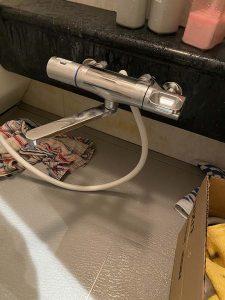 高槻市 浴室蛇口故障 レバーが空回り お湯が止まらない