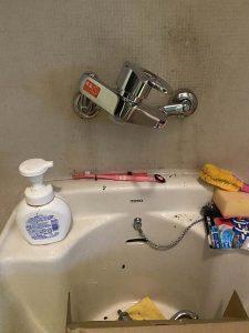 西宮市 流しの蛇口水漏れ 蛇口交換 シングルレバー