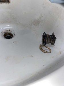 大阪市 西区 洗面手洗い器排水交換 排水トラップ