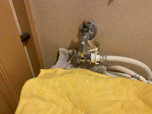 枚方市 洗濯蛇口水漏れ 蛇口交換 洗濯専用水栓
