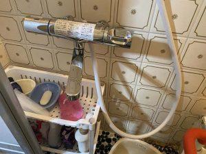 富田林市 浴室蛇口水漏れ 2ハンドルからサーモスタット 混合栓 壁付蛇口
