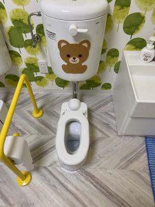 尼崎市 トイレ水漏れ!? 床が濡れてくる? 洗浄管水漏れ
