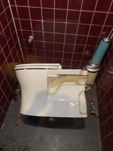 堺市 トイレの詰まり? トイレ脱着 トイレが流れない