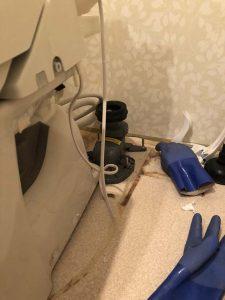 守口市 トイレ詰まり システムトイレ トイレ取り外し 排水ソケット