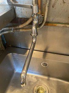 尼崎市 銅管から水漏れ ピンホール 給湯管切換え ロウ付け