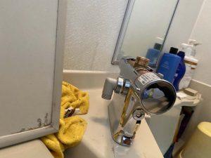 守口市 台付き浴室蛇口交換 サーモスタット 2ハンドルからレバー