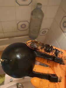 箕面市 トイレ水漏れ修理 ゴムフロート交換 便器にチョロチョロ