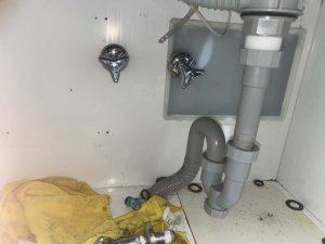 宝塚市 洗面蛇口水漏れ 蛇口交換 シャワーが無くなってしまいます・・・。