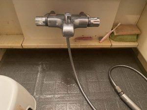 大阪市 お風呂の蛇口水漏れ 蛇口交換 サーモスタット 壁付蛇口交換