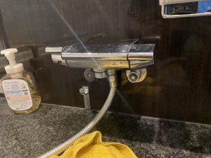 豊中市 お風呂の蛇口水漏れ KVK KF800シリーズ 切替弁交換 カウンター水栓