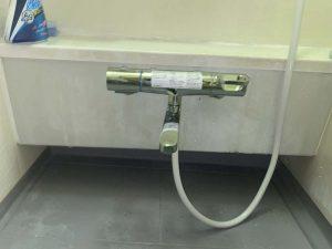 豊中市 お風呂のシャワーホース水漏れ 2ハンドル 蛇口交換