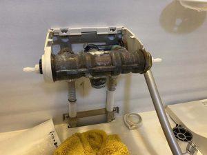 高槻市 KVKお風呂の蛇口止まらない KF800シリーズ 切替弁の故障 シャワー止まらない